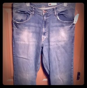 Wrangler relaxed bootcut Jean's (NWT)